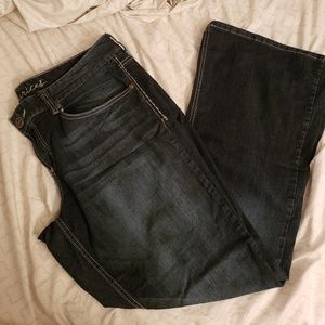 Size 18 maurices jeans